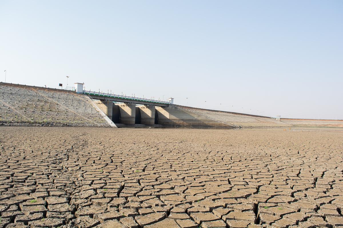 Empty-Dam-Banner-5